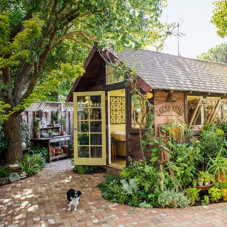 Best 25+ Backyard retreat ideas on Pinterest | Patio ...