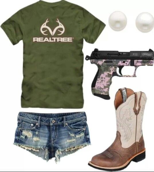 Country Summer Outfit different boots