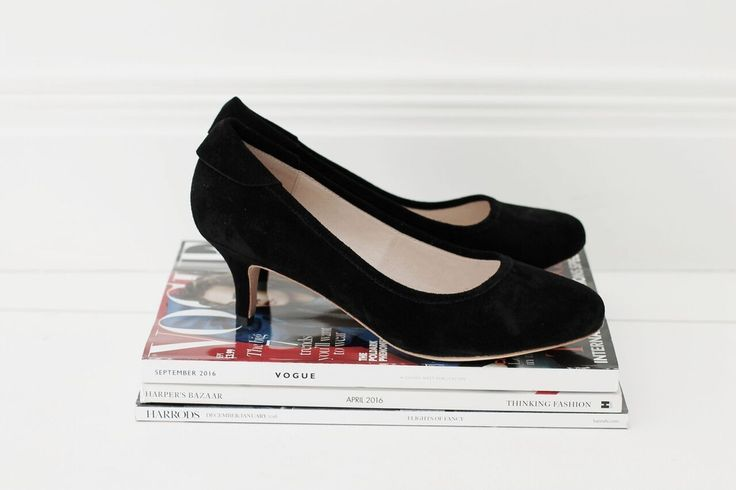 The perfect stilettos for your Monday office attire.