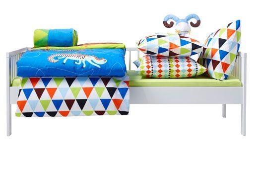 ikea kinderbetten wie z b gulliver juniorbettgestell mit lattenrost wei ikea kinderwelt. Black Bedroom Furniture Sets. Home Design Ideas