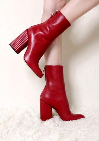 The Vogue Edit. Monochrome  Petar Petrov LIPSTICK BL4 leather half boots with back zipper closure.