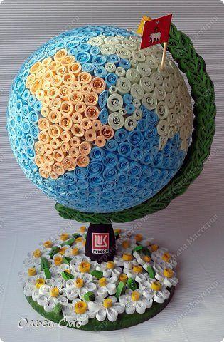 Поделка изделие День рождения Квиллинг Моделирование конструирование Глобус в подарок Бумажные полосы Клей фото 1