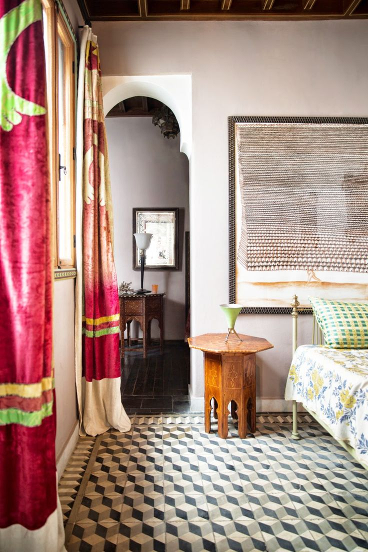Green indian curtains - Trend Alert Power Curtains