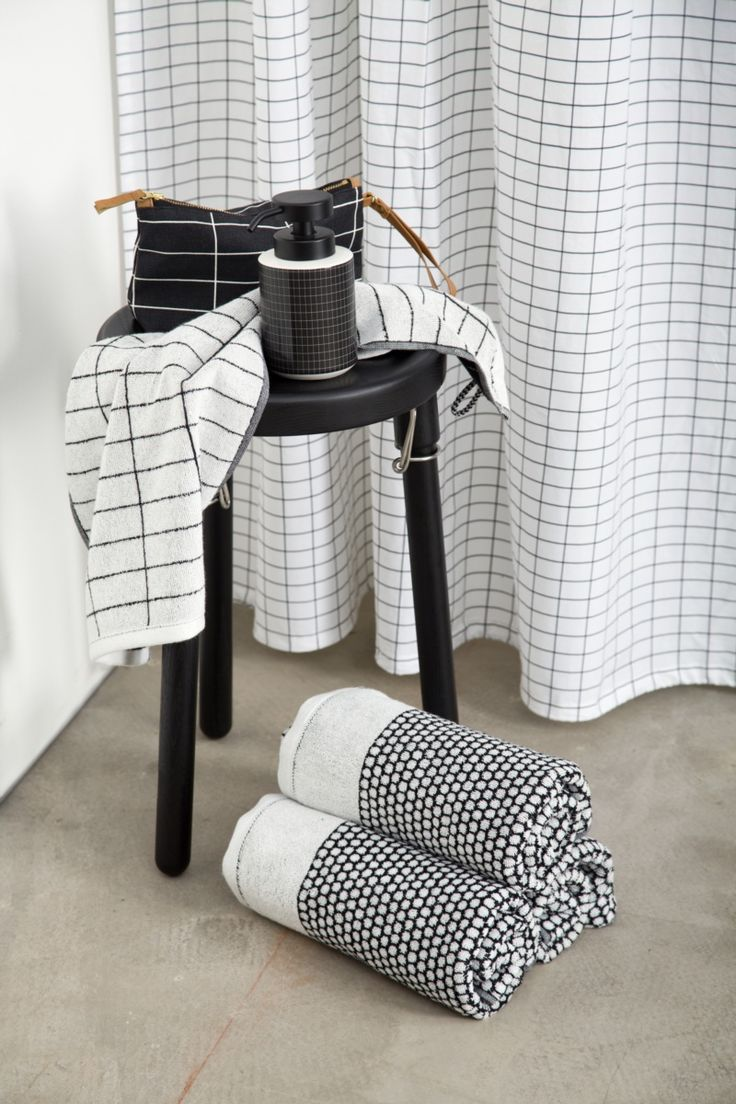Tile Stone and Grid by Mette Ditmer