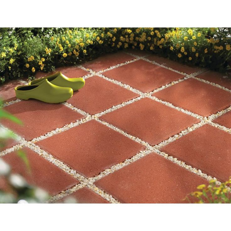 Oldcastle Walkway or Patio-On-A-Pallet 144 in. x 120 in., 12 in. Red Step Stone Concrete Paver-12053036 - The Home Depot