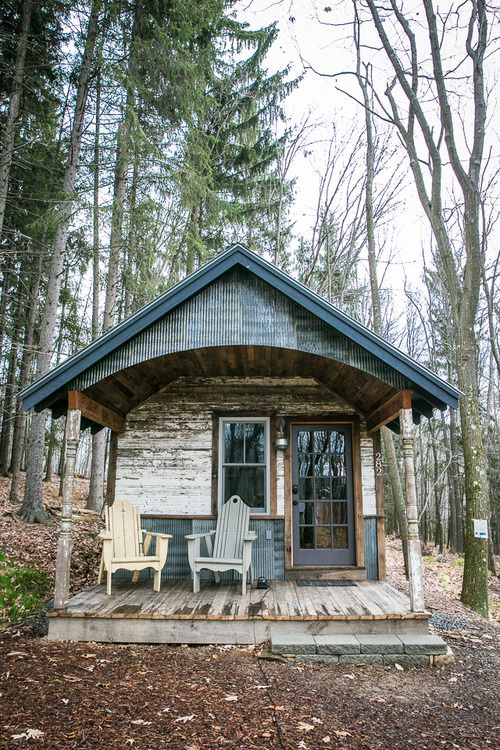 This quaint cabin was built with a unique combination of reclaimed metal and wood. As one of the cabin rentals at Blue Moon Rising, an ecotourist retreat in Garrett County, Maryland, Kaya offers a beautiful and cozy spot for a getaway. Nestled among the pines, the cabin is close to the community fire pit.