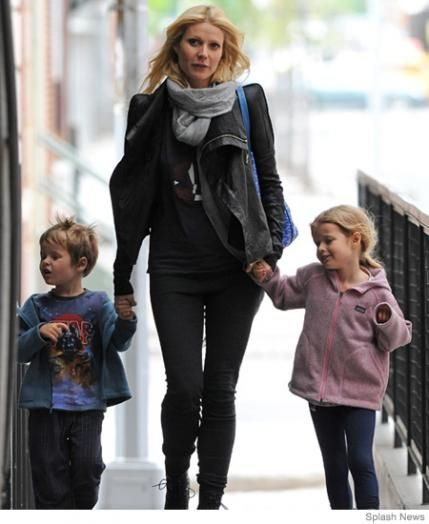 Gwyneth Paltrow - 15 Breastfeeding Celebrity Moms | Parenting