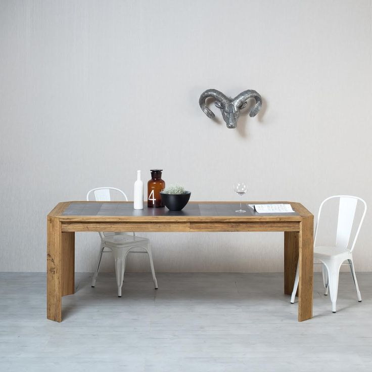 CUISINE | Designed for the dining room, Cuisine stands out for its antique plywood elm structure and silk-screened metal central insert, in perfect Nature Design style.  #NatureDesign #madeinitaly