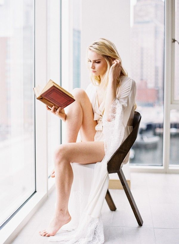 Bright, airy boudoir shoot with natural light and white lace lingerie | Nicole Baas Photography