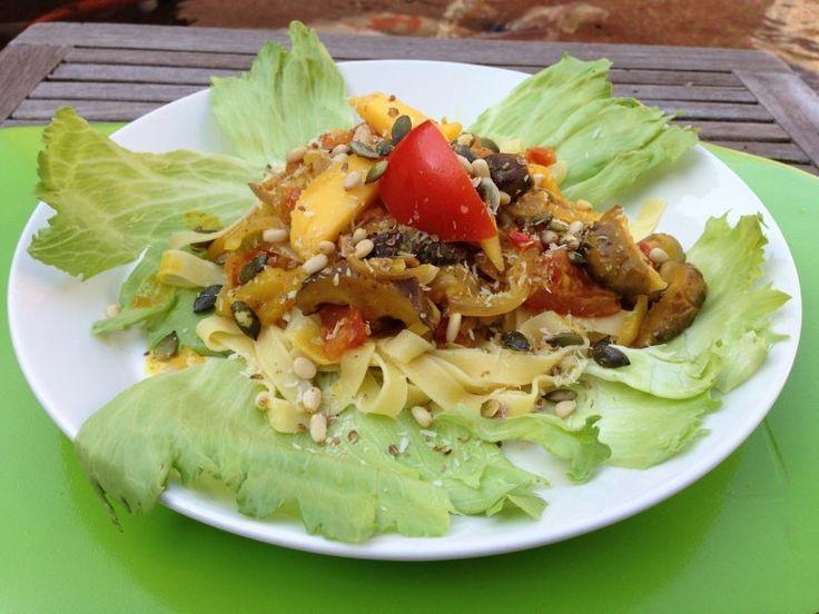 Dit recept is terug te vinden in De dikke vegetariër op bladzijde 365 in het hoofdstuk 'Groente en fruit'.