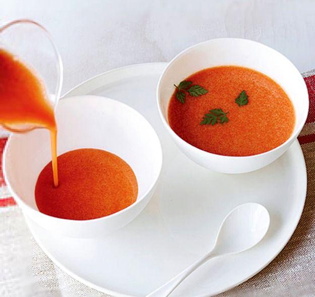 10 холодных блюд для жаркой погоды (первые пять) Порой в жаркую погоду есть вообще не хочется. Если кроме окрошки и холодного чая придумать чего-то большего не получается, то вы — это наш случай. Сп...
