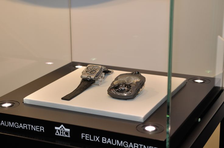 Beyer Watches and Jewellery: A magnificent exhibition was held at our premises at Bahnhofstrasse 31 from 28 March until 2 April 2011, featuring the latest trade fair innovations by the tradition-steeped watch manufacture, A. Lange & Söhne, from Saxony, Germany.