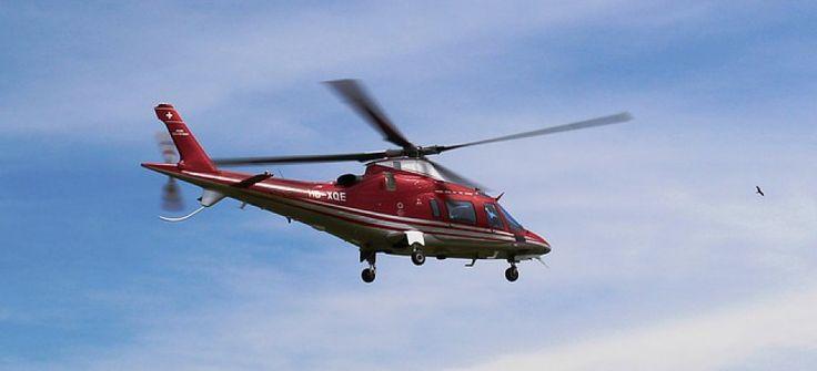 """Helikopterpilot werden – dies ist Berufswunsch, der von vielen Jungen im Alter zwischen sechs und zehn Jahren geäußert wird. Waren es früher Serien wie """"Airwolf"""", die die Phantasie beflügelten, sind es heute ferngesteuerte Modellhubschrauber und Flugsimulatoren -- wings lounge, Helikopter, Helikopterpilot, Pilotenausbildung --- http://wingslounge.ch/"""