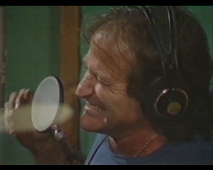 "RIP Robin Williams - Listen to him sing The Beatles ""Come Together"" #robinwilliams  #thebeatles"