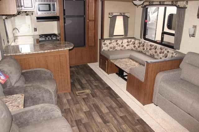 2016 New Keystone Hideout 282RKS Fifth Wheel in Tennessee TN.Recreational Vehicle, rv, 2016 Keystone Hideout282RKS, 15.0 BTU A/C, 15in Spare Tire Kit, 50AMP Service, 6 Gal. Gas/Electric Water Heater, Aluminum Rims, Carbon Monoxide Detector, Cold Mountain Package, Correct Track, Decor- Silver Birch, Double door refrigerator, Electric Awning, Exterior Ladder, Hideout Luxury Package, LCD Television, Outside Speakers, Platinum Package, Radial Tires, RVIA Seal, Tinted Safety Glass, XL Entry…