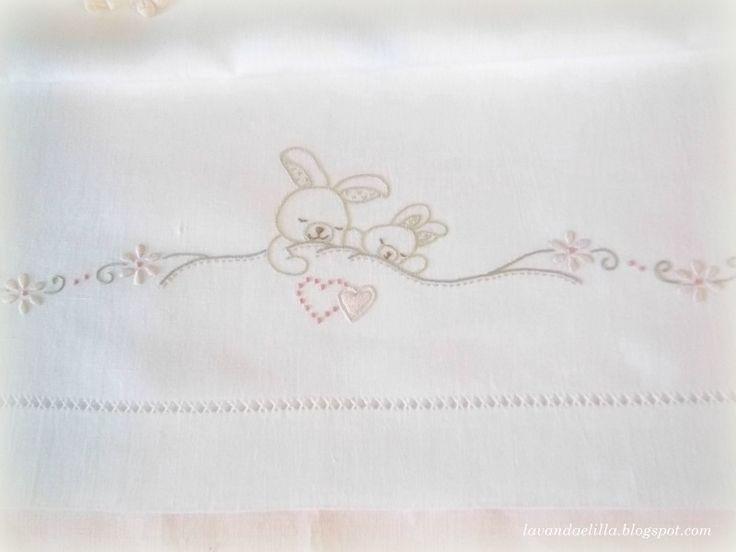 facili disegni per ricamo lenzuolini neonati - Cerca con Google