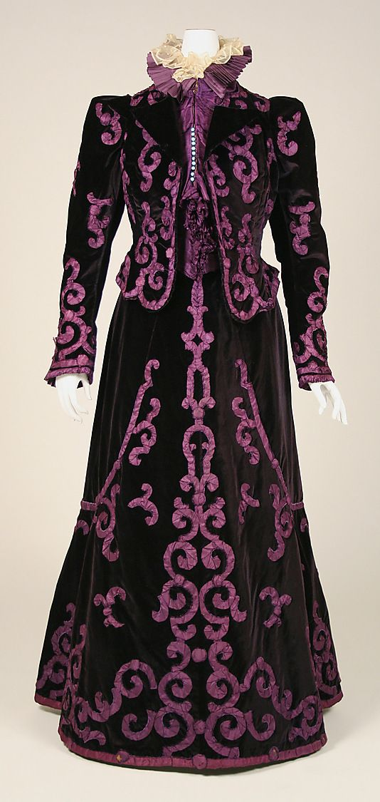 Silk velvet evening suit with silk satin trim (front), by Mme. Jeanne Paquin, French, late 1890s.