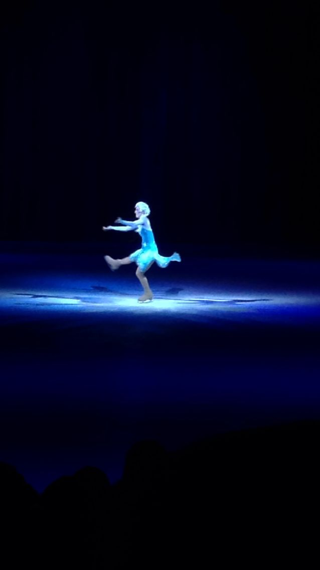 Queen Elsa Disney on Ice