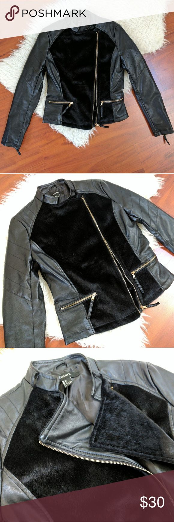"Faux fur moto jacket Black faux fur and pleather Moto jacket with gold zippers. Great stylish staple. Shoulder to hem: 21"" armpit to armpit: 17"" sleeve: 24"" Forever 21 Jackets & Coats Utility Jackets"
