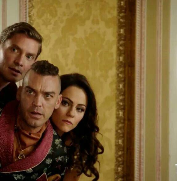 Robert, Cyrus and Eleanor, Zombie Apokalypse? ~ The Royals S03E06