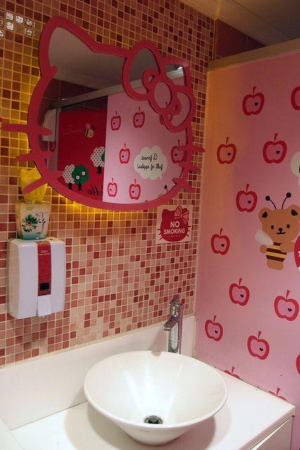 HK |❣| HELLO KITTY Cafe Restaurant Bathroom in Seoul, Korea - by Jaime-La-Nourriture, via Flickr