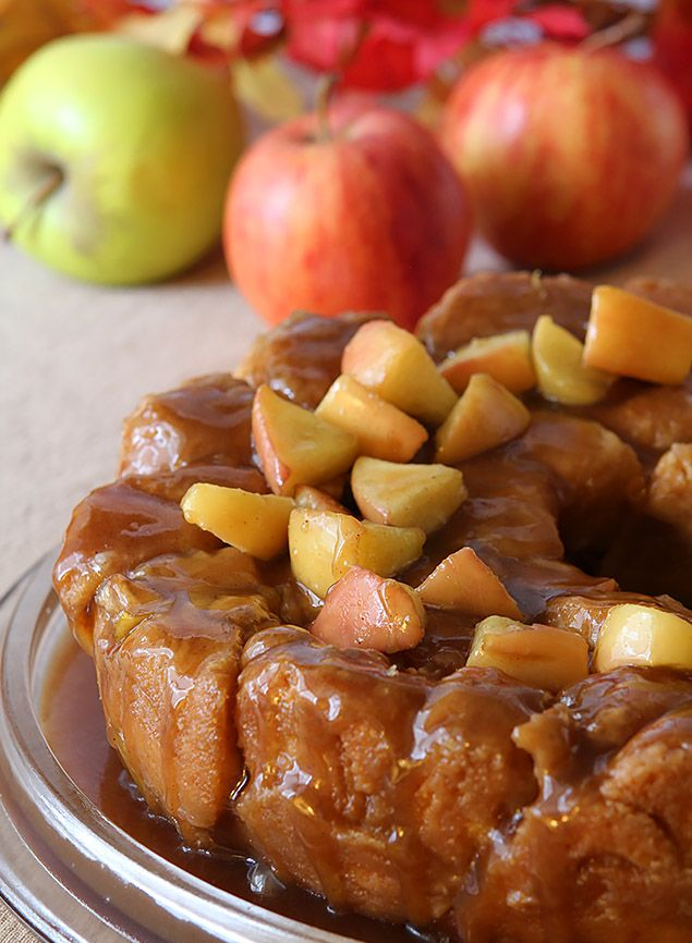 Caramel Apple Monkey Bread - Creative Culinary | A Denver, Colorado Food Blog specializing in food and cocktails recipes.