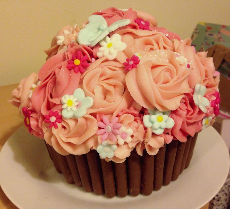 Giant 21st birthday cupcake!