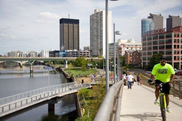 Schuylkill Banks Boardwalk: a riverfront path providing easy access to the Schuylkill Banks in Philadelphia