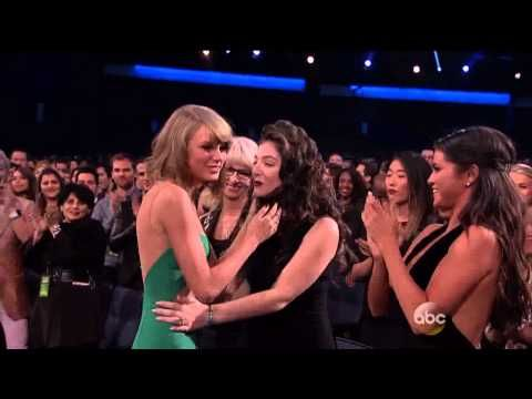Taylor Swift - Award For Excellence - AMA Awards 2014