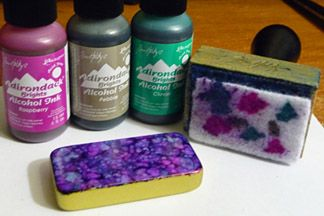 All about alcohol inks!  This page has color charts, combinations, a collection of techniques and projects. Including using alcohol ink with polymer clay, metal leafing,  domino art, mixing with glues and other mediums to tint them for glazing, glass paint, faux enamel, miniature food syrups and beverages, etc.