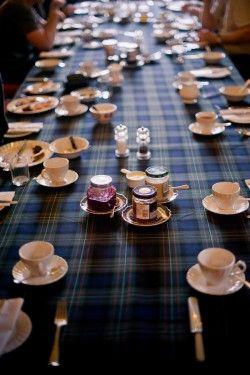 Blue-Tartan-Table-Scotland-Wedding-2