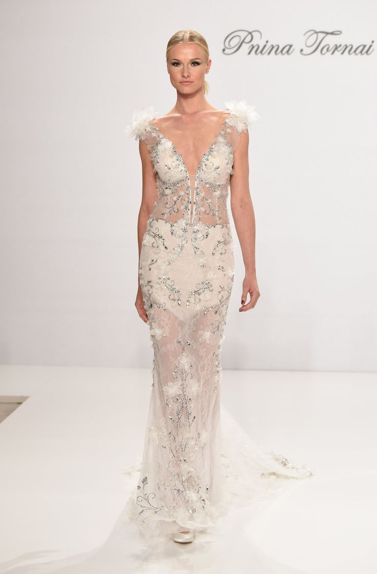 "NEW YORK BRIDAL FASHION WEEK "" PNINA TORNAI "" UNE COLLECTION HAUTE COUTURE - PRINCESS MONARCHY"