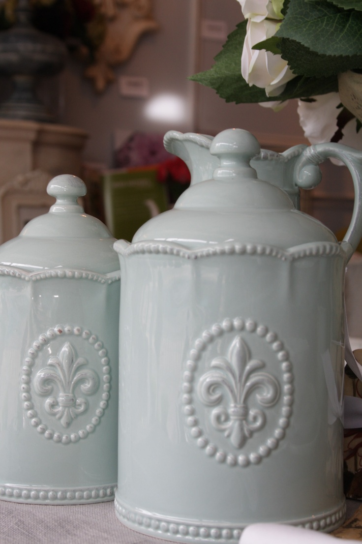 Tuscan old world drake design medium berry kitchen canisters set of 3 - Canisters