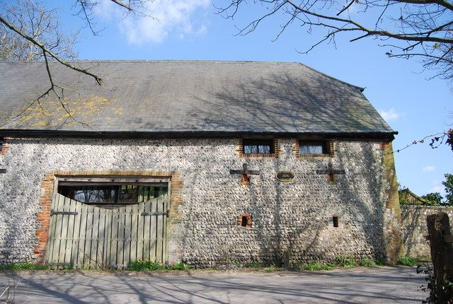 Great Britain barns | tq5203 great meadow barn near to alfriston east sussex great britain