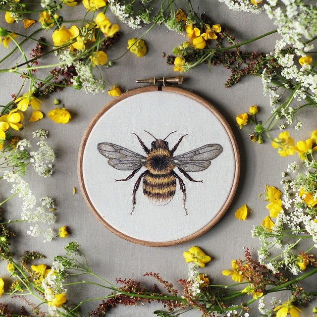 """I've just listed this new 5"""" hoop in my Etsy shop! I've been dying to redo my bumblebee from ages ago and am super happy with the progress I've made in the last year :) I will post a comparison of the two tomorrow :D #embroidery #embroideryhoop #hoopart #myart"""