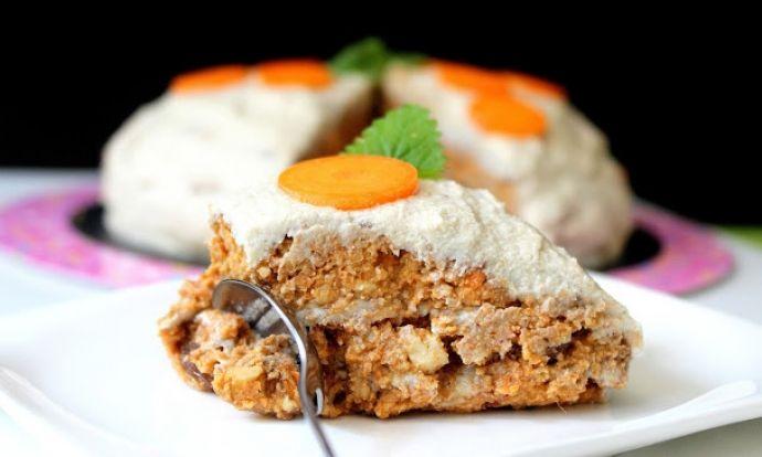 Nepečený mrkvový dort