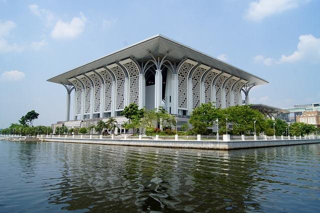 Masjid Tuanku Mizan Zainal Abidin or Masjid Besi or Iron Mosque in Putrajaya, Malaysia by UweBKK (α 550 on ), via Flickr