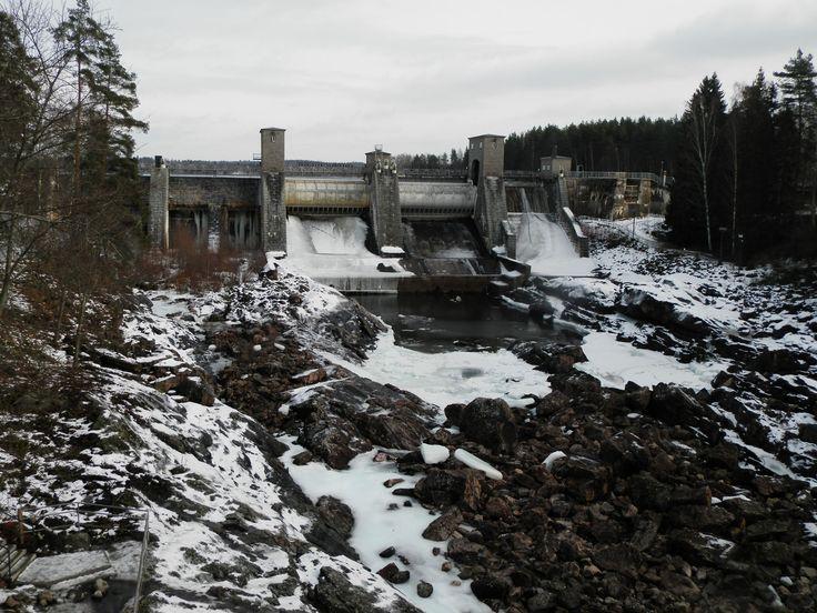 Водопад Imatrankoski зимой