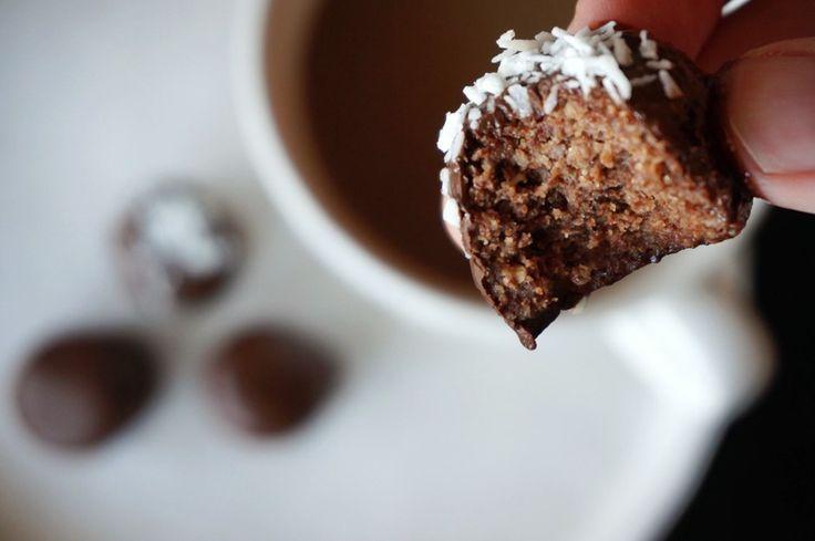 Psst! - I've got something to tell!: Sjokoladeboller (Sukkerfri, glutenfri, melkefri, vegansk)