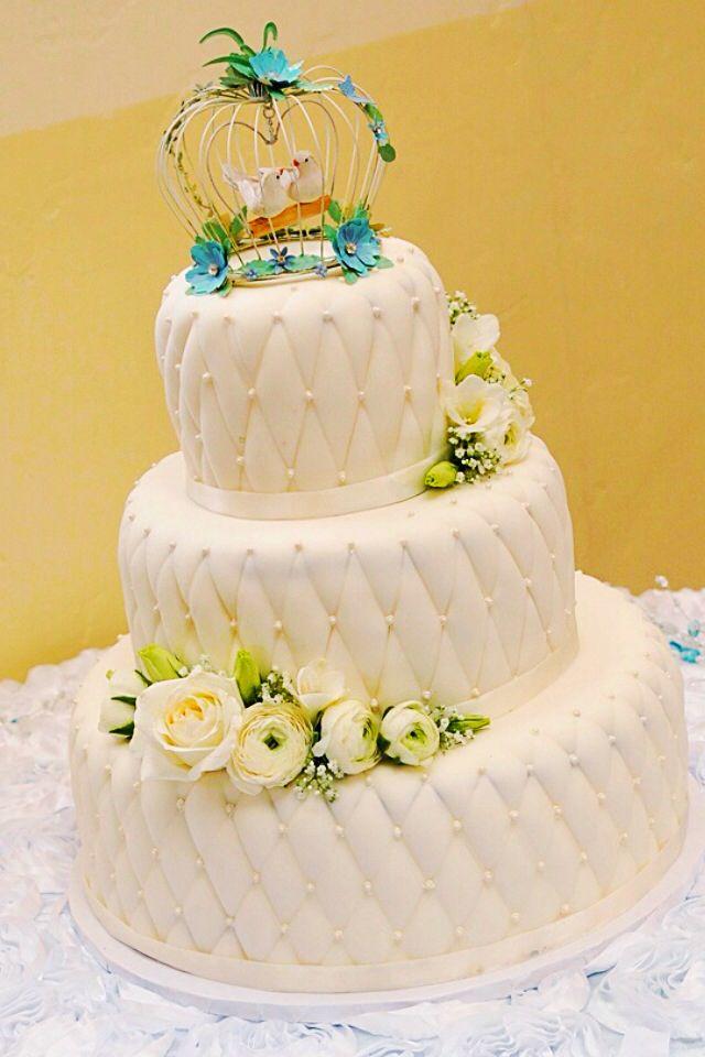 pillow pattern wedding cake wedding cakes pinterest. Black Bedroom Furniture Sets. Home Design Ideas