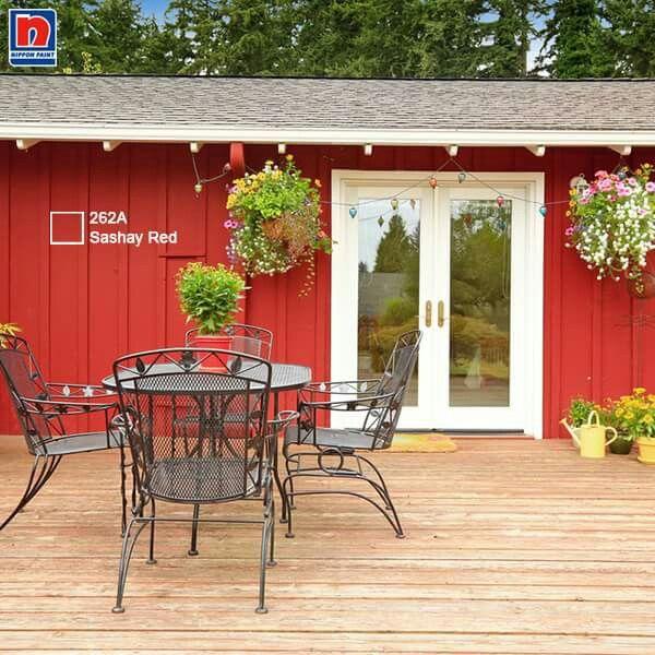 Memilih warna cerah seperti Sashay Red 262A pada teras akan memberi kesan area teras lebih luas. Share warna teras favoritmu di kolom komentar.  Lihat warna lainnya dihttp://bit.ly/colours_education  #ImajinasiTanpaKompromi