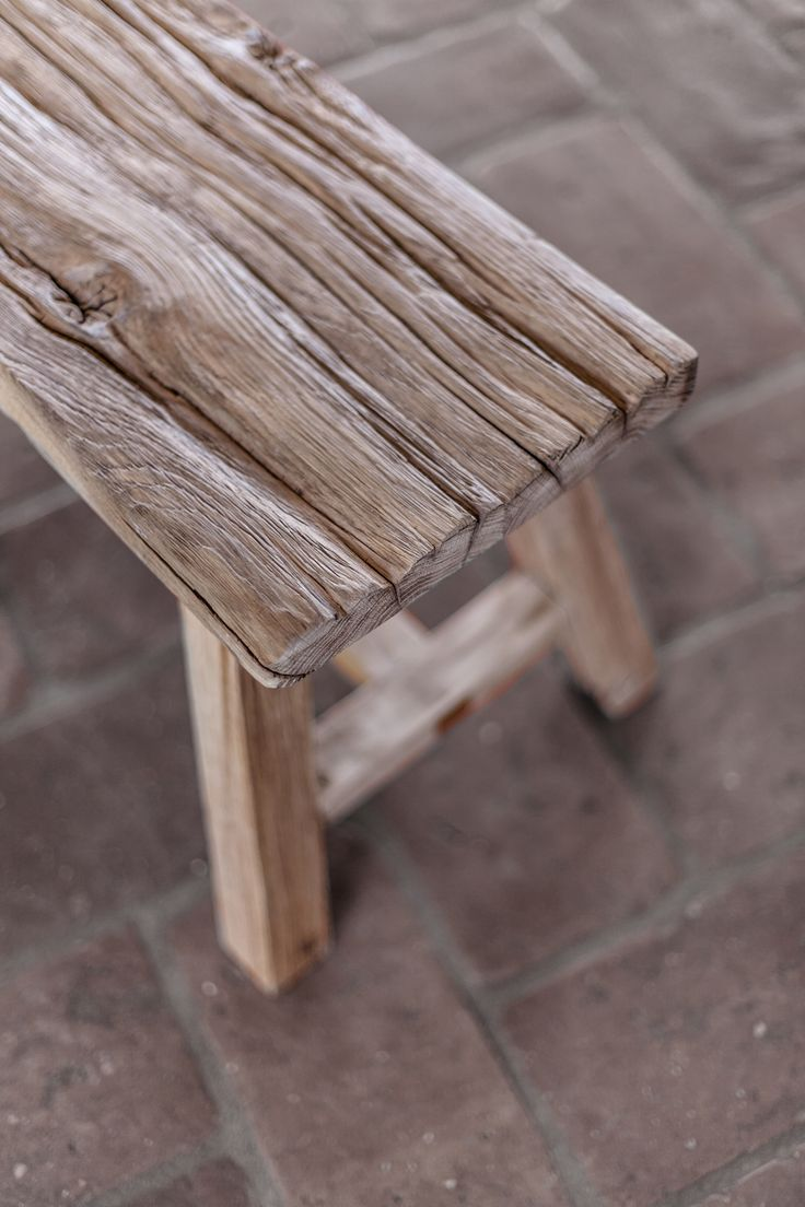 Woodlight Old oak stool Photo by Patrycja Guz