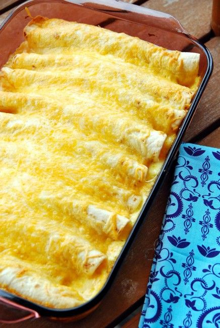 Yum. We're so making these. Crazy-easy Creamy chicken enchiladas #BabyCenterBlog #SugarMamaCooks