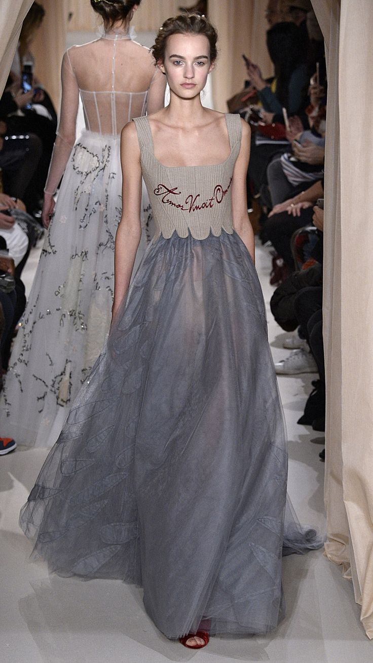 Valentino Haute Couture Spring/Summer 2015 via @stylelist | http://aol.it/1zwQWWo