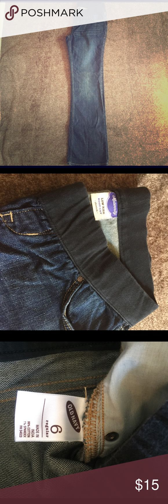 Old Navy Maternity jeans size 6 regular. Comfortable maternity jeans for Mama to be! Good condition! Low rise boot cut -stretch- . Old Navy Jeans Boot Cut