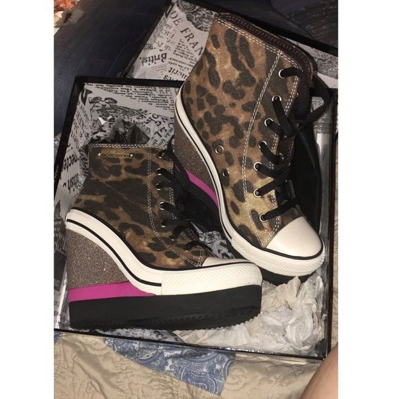 Leopard Converse Wedges These are converse wedges that are very stylish! Put under this brand to be seen. I bought these in West Palm but they just sat in my house for months & have never been worn! I have 3 pairs if you would like to bundle. Lmk if you're interested! Also cheaper on Mercari! Converse Shoes