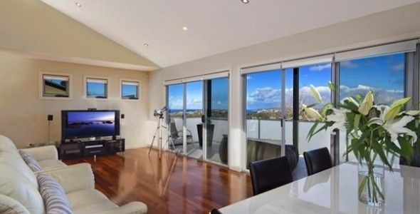 Great open plan living area which embraces ocean and district views.