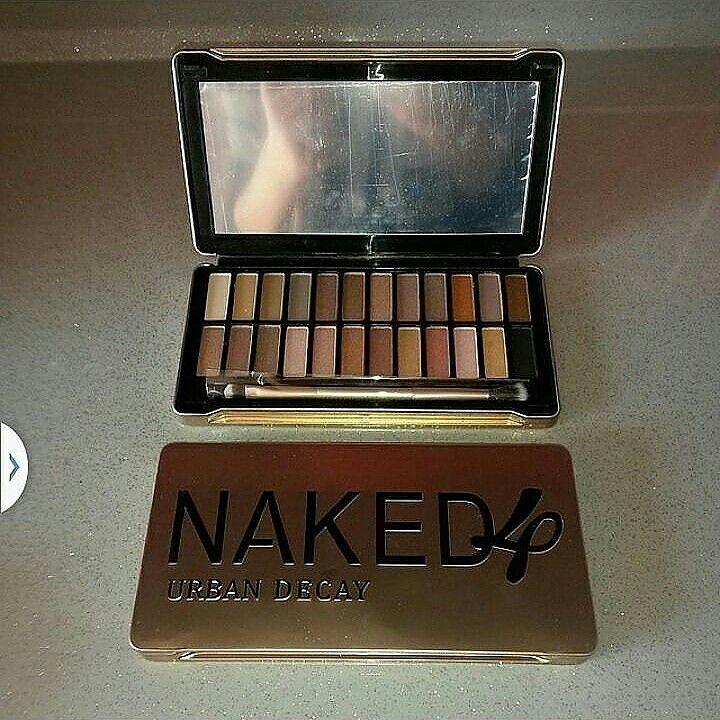 Naked 4 far paleti = 40 tl  Whatsapp 05533238340