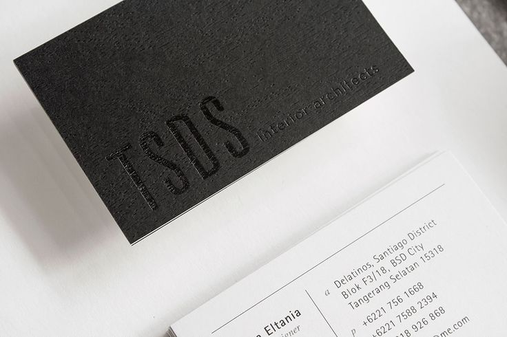 Nice negative/positive contrast for this business card.  Dig the embossing and UV.
