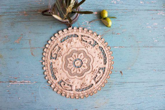 Handmade Vintage Doily Table Mat Greek by BelladonaVintage on Etsy